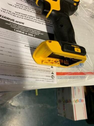 """BRAND NEW DCF885 Max 1/4"""" Drill Driver"""